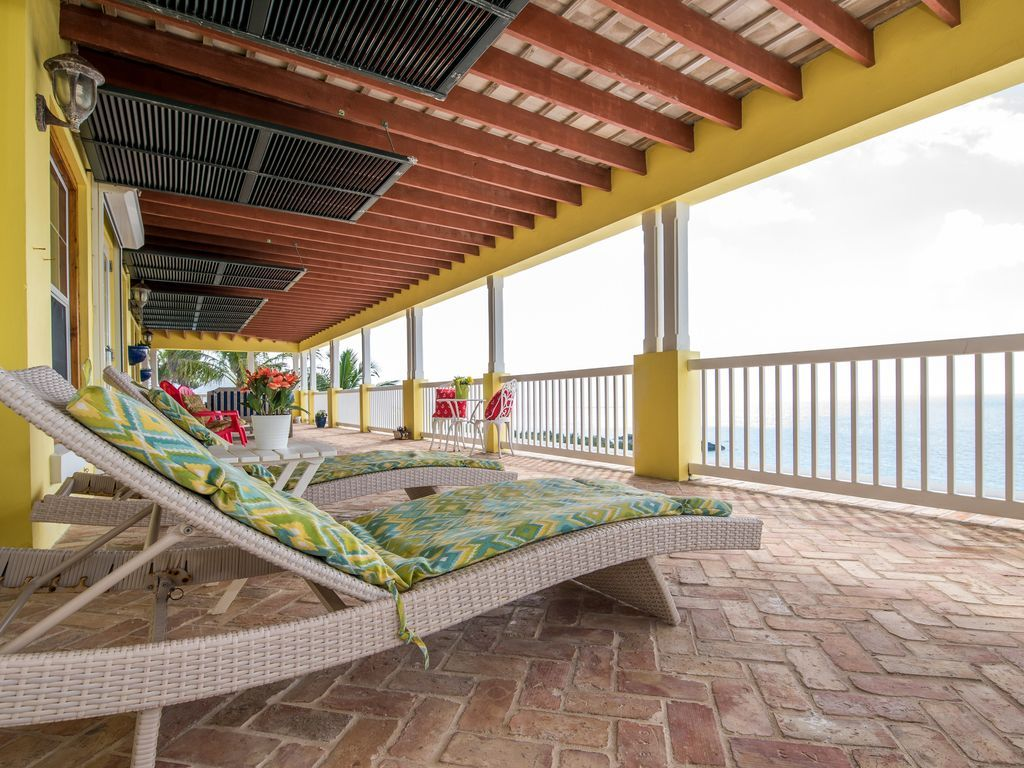 Deck 15x75 has many sitting areas all with stunning views of Horseshoe Bay Beach